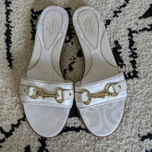 "NWOT Signature Coach "" PATTIE"" Sandals"